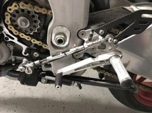 Motorcycle Quick Shifters(and Pros and Cons)